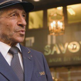 Der Voiturier vom Savoy Baur en Ville